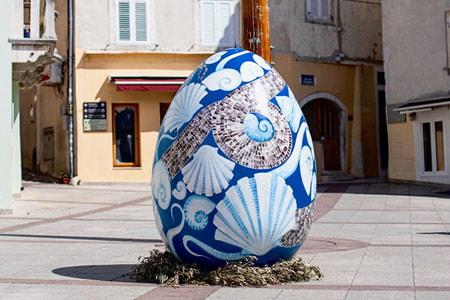 Velika pisanica u središtu grada Krka
